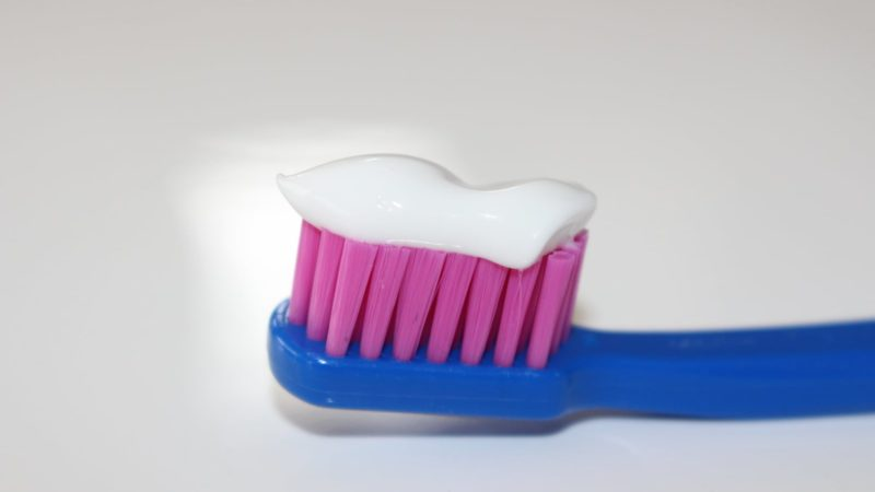 Comment garder votre brosse à dents propre
