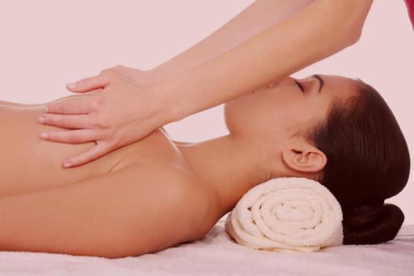 Quels sont les effets physiologiques du massage pour soulager les muscles tendus ?